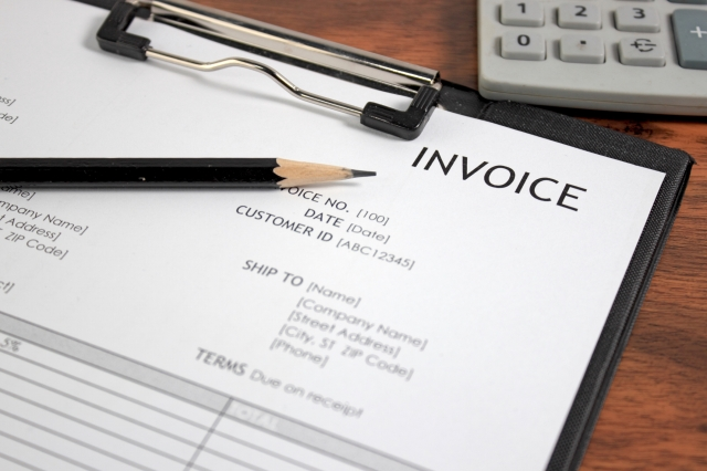 What is an invoice and what should it include.jpg